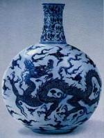 明代永乐年间(公元1403-1425年)龙纹青花大瓶